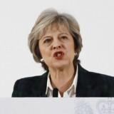 Theresa May advarer EU og de øvrige medlemslande om, at Storbritannien vil tage kampen op, hvis EU forsøger at »straffe« briterne for at udmelde sig af EU. Foto: AFP