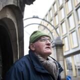 Arkitekturskribent og kender af København 72-årige Peter Olesen kritiserer Carlsberg Byen for at være for trist i sit farvevalg, men roser blandingen af de nye og oprindelige bygninger. Christen Hus (i baggrunden, red.) er et vellykket eksempel, synes han.
