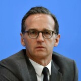 Tysklands justitsminister Heiko Maas er i vælten efter kritik af ny internetlovgivning, der ifølge kritikere fører til øget censur og indskrænkning af ytringsfriheden på de sociale medier. Nu er Maas blevet ramt af sin egen lov.