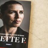 En ny bog portrætterer Mette Frederiksen, der kan blive landets næste statsminister. To journalister har kortlagt hendes vej fra små kår til magtens tinder. (Foto: Ólafur Steinar Gestsson/Scanpix 2016)