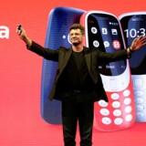 Det er kun fem måneder siden, at Arto Nummela som topchef for HMD Global tog verden med storm, da han præsenterede klassikeren Nokia 3310 i nyt design på verdens største mobilmesse. Nu har han øjeblikkeligt forladt sit selskab. Arkivfoto: Paul Hanna, Reuters/Scanpix