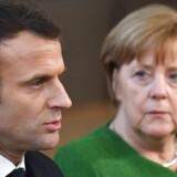 Macron og Merkel opfordrer indtrængende Putin til at lægge maksimalt pres på det syriske regime.