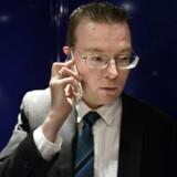»Hvis der bliver skudt på Nørrebro, så kommer det med det samme i gult på TV 2 News. Der er simpelthen en forskelsbehandling,« siger Kenneth Kristensen Berth (DF).