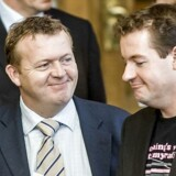 Folketingets åbningsdebat. Jens Rohde (V) (th) og indenrigsminister Lars Løkke Rasmussen (V). Bagved ses økonomiminister Bendt Bendtsen (K) i samtale med partiformand Helle Thorning-Schmidt (S).