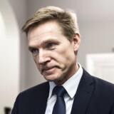 Hvis regeringen ønsker et stærkt samarbejde med Dansk Folkeparti, skal der emner som mindre fri bevægelighed i EU, en strammere udlændingepolitik, grænsekontrol og flere midler til velfærdssamfundet på dagsordenen. Sådan lyder meldingen fra Dansk Folkepartis partiformand, Kristian Thulesen Dahl, i et interview med Ritzau.