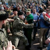 Voldsomme demonstrationer flere steder i Rusland i dag.