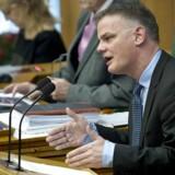 Christian Langballe(DF) på talerstolen under behandling af forslag til lov om indfødsrets