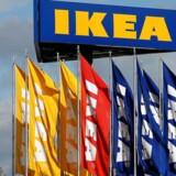 IKEA mener, at både mænd og kvinder henter vigtig erfaring, når de er på forældreorlov. Varehusgiganten opmuntrer mandlige ansatte til at tage en større del af den fælles forældreorlov.
