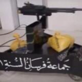 Et fjernbetjent maskingevær anvendt af en Al-Qaeda gruppe i Aleppo i 2012. De nye våben er en helt ny trussel for de danske soldater. Billedet er postet af gruppen selv på Youtube. Foto: US Foreign Military Studies Office