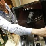 Vertu har i årevis været luksusmærket blandt mobiltelefoner og var stiftet af Nokia, som solgte det i 2012. Arkivfoto: Umit Bektas, Reuters/Scanpix