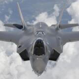 Regeringen lægger op til, at Danmark skal købe 27 kampfly af typen F-35 Joint Fight Striker, men financieringen af købet betyder, at det i mellem tre og fem år ikke vil være muligt for Danmark at deltage med kampfly i krigsoperationer. Det reagerer partierne i blå blok vidt forskelligt på. Foto: Tom Reynolds/Reuters/Lockheed Martin/Reuters