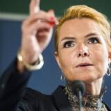 »Vil man som politiker have en sag i en bestemt retning, og man er villig til at gå til kanten af konventionerne, så kommer det selvfølgelig til at afføde nogle diskussioner. Men der er ingen som på noget tidspunkt af mig er blevet bedt om at lave noget, der er ulovlig,« siger udlændingeminister Inger Støjberg (V).
