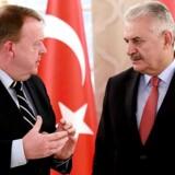 Lars Løkke Rasmussen og Binali Yildirim efter et møde i Ankara den 12. marts.