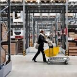 IKEA har nu fem danske varehuse og satser i 2020 på at åbne nummer seks ved Fisketorvet i København. Håbet i IKEA er, at det for alvor vil banke omsætningen i vejret. Et år senere ventes Ikeas syvende varehus at åbne i Esbjerg.