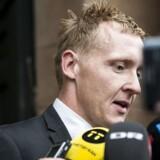 Arkivfoto: Foran en skov af mikrofoner fra både dansk og svensk presse løftede senioranklager Jakob Buch-Jepsen i eftermiddag lidt mere af sløret for tiltalen mod ubådsbyggeren Peter Madsen.