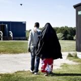 Den danske lovgivning tillader kun, at man kan blive familiesammenført med én ægtefælde (Arkivbillede)