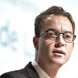 Miljø- og fødevareminister Esben Lunde Larsen (V) siger nej tak, når organisationer beder ham om at møde op og modtage underskiftindsamlinger fra borgerne.