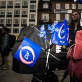 »EU er blevet en kæmpe Djøf'er-organisation, der vil styre alt og alle uden respekt for de enkelte landes værdier. Derfor vil det give rigtig god mening at søge mod Storbritannien og få et samarbejde med dem.« Sådan siger Knud Ahrnkiel, der er medlem af Kerteminde Byråd for Dansk Folkeparti.