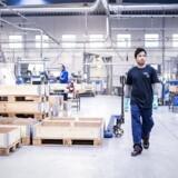 Det går fremad med at få flygtninge i arbejde. Men væsentligt færre kvinder end mænd kommer i job. (Foto: Sophia Juliane Lydolph/Scanpix 2017)