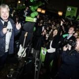 Alternativet fik 450.000 fra et firma i skattely i valgkampen i 2015. Her den efterfølgende fest på Papirøen i København, da partiet havde sikret sig plads i Folketinget.