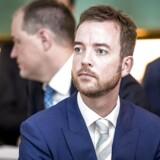(ARKIV) Miljø- og fødevareminister Esben Lunde Larsen (V) på Christiansborg, mandag den 5. februar 2018. Miljø- og fødevareminister Esben Lunde Larsen (V) stopper som minister, men fortsætter i Folketinget til næste valg. Det skriver han på sin facebook-side. Det skriver Ritzau, tirsdag den 1. maj 2018.. (Foto: Mads Claus Rasmussen/Ritzau Scanpix)