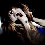 Iscenesat arkivfoto af offer for voldtægt.