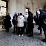 Italienerne gik søndag til stemmeurnerne. Her er det et valgsted i Rom, REUTERS/Yara Nardi