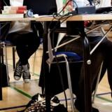 ARKIVFOTO. Elever fra 9. klasser skriver afgangsprøve i dansk stil mandag d. 13 maj 2013.