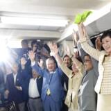 »Vi kan ikke overlade Tokyo til en kvinde med så meget makeup,« lød det fra en tidligere Tokyo-guvernør i valgkampen. Men det kunne man, og Yuriko Koike brød igennem den politiske lydmur i Japan.