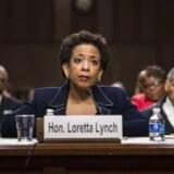 USAs nye justitsminister, Loretta Lynch, lytter under en høring i Washington i januar. Hun skal løfte opgaven efter Eric Holder.