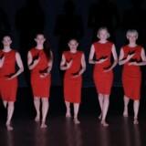 Danseforestillingen »Rose: Rite of Spring – Extended 2« handler ligesom den mandlige version om tabet af uskyld.