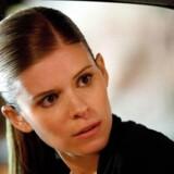 Den drevne journalist Zoe Barnes er en af de karakterer, man kan nyde i serien House of Cards på Netflix - et TV-koncept, som TDC nu erkender at se sig slået af.