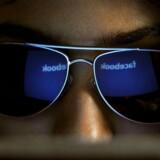 Ifølge Facebook selv er der 1,23 milliarder månedlige aktive brugere, mens 575 millioner dagligt vender blikket mod det sociale netværk. Klik videre og se bl.a., hvordan Facebooks profilsider så ud, da det blev lanceret i 2004 - og se Facebooks egne udvalgte begivenheder for de ti år på nettet.