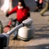 Svenskernes omfattende overvågning vil ramme masser af danskere, fordi telefonsamtaler og især datatrafik, uden at vi ved det, sendes via Sverige. Foto: Colourbox