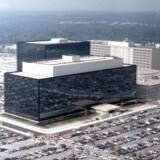 Ifølge avisen Der Spiegel har den amerikanske efterretningstjeneste NSA installeret spyware og overvågningssoftware på computere købt online, før de havnede hos forbrugerne. Foto: Scanpix