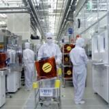 Elektronikgiganten Samsung mister penge på sin chipproduktion, der er blandt verdens største. Her et blik fra fabrikken i Suwon, 50 kilometer syd for den sydkoreanske hovedstad Seoul. Foto: AFP/Scanpix