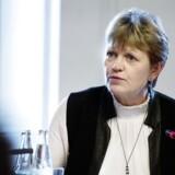 De fem oppositionspartier vil have miljø- og landbrugsminister Eva Kjer Hansen (V) til at forklare, hvordan hun regner sig frem til, at en ny landbrugspakke er gavnlig for miljøet.