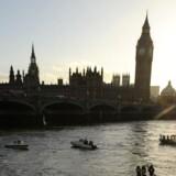 Det navnkundige klokketårn Big Ben ved det britiske parlament er begyndt at hælde. Arkivfoto: Paul Hackett, Reuters/Scanpix