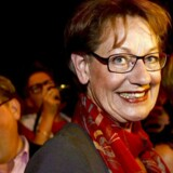 Feministisk Initiativs leder, Gudrun Schyman, fandt smilet frem søndag aften, selv om partiet ikke kom i Riksdagen.