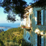 Domaine Pins Paul og den skønne udsigt ud over Middelhavet.