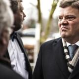 Retssag mod Amagerbanken er i gang i Retten i Lyngby. Tidligere direktør i Amagerbanken Jørgen Brændstrup ankommer.