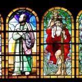 Sct. Peders Kirke. Her ses en collage af kirkens fire glasmosaikker.