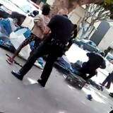 En hjemløs blev skudt og dræbt af amerikansk politi søndag i Los Angeles