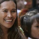 Somaly Mam under en ceremoni i Cambodjas hovedstad Phnom Penh i 2008 – året før var hun bl.a. blevet kåret til »Årets Helt« på CNN for sin kamp mod børneprostitution. Arkivfoto: Mak Remissa