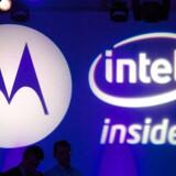 Google overtog tidligere i år mobilproducenten Motorola men sælger nu de dele fra, som man ikke er interesseret i. Arkivfoto: Andrew Cowie, AFP/Scanpix
