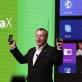 Nokias topchef Stephen Elop præsenterer Nokia X ved Mobile World Congress i Barcelona, February 24, 2014. Nokia benytter sig i de nyeste telefoner af software, der er produceret af Google.