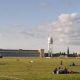 Det grønne område omkring den gamle lufthavn er næsten 4 kvadratkilometer stort.