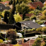 Ifølge Økonomisk Ugebrev er en større finansiel aktør klar til at etablere et nyt lavpris realkreditinstitut, som vil være i stand til at tilbyde de danske boligejere markant billigere lån.