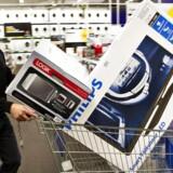 Den europæiske elektronikkæde Euronics kommer til Danmark, og flere Expert-købmænd skifter over.