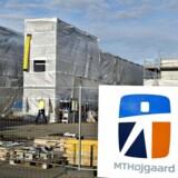 MT Højgaard, har fået en kontrakt med det amerikanske firma Silicor på at bygge en kæmpefabrik til 1,5 mia. kr. i Island. Den skal fra 2018 producere silicium til fremstilling af solceller i bl.a. Kina.